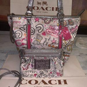 Coach tote bag & convertible wallet